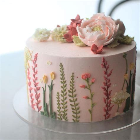 Cake Decorating Flowers Buttercream by Best 25 Buttercream Cake Ideas On Frosting
