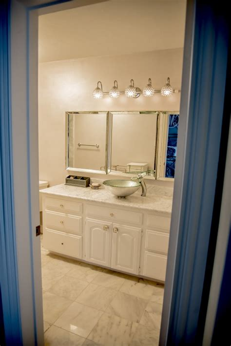 Tx Bathroom Remodeling by Carrara Marble Bathroom Remodeling Project In The