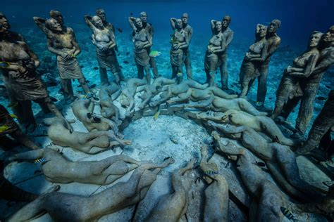 hauntingly beautiful underwater sculpture   save