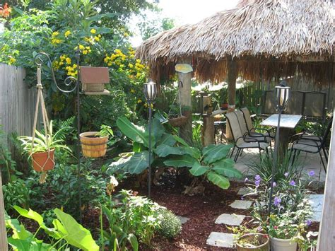 Tiki Backyard Designs by Retro Cool Garden Ideas On Landscaping Tiki