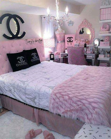 chanel bedding best 25 chanel bedding ideas on pinterest chanel bedroom used seat and day bed