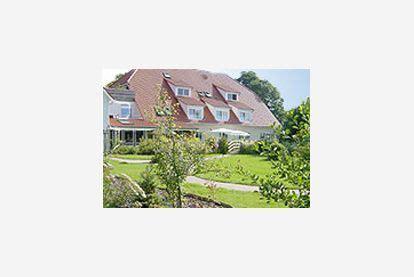Zu Hause Pflegen 4627 by Alten Und Pflegeheim Uthaven In Brunsb 252 Ttel