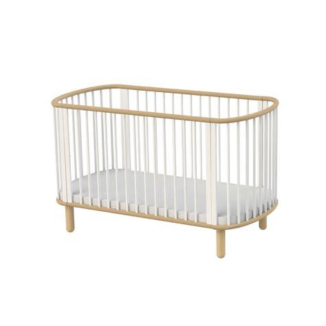 lit bebe en bois lit b 233 b 233 233 volutif h 234 tre blanc flexa pour chambre enfant les enfants du design