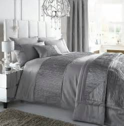 silver colour stylish textured faux silk duvet cover