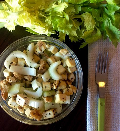 insalata di sedano insalata di sedano noci e tofu le ricette di berry