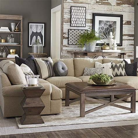 comfortable furniture for family room 25 best ideas about casual family rooms on pinterest