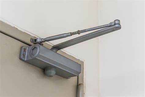 Adjusting A Door Closer by How To Adjust A Commercial Door Closer Ebay