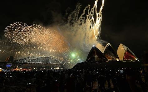 new year celebrations in the us top themes and destinations for new year s celebrations