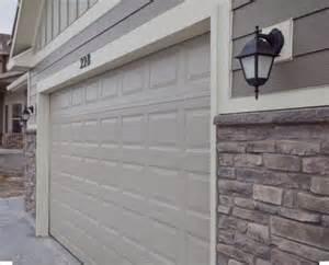 Colonial Home Design Best 25 Stone Veneer Exterior Ideas On Pinterest Faux