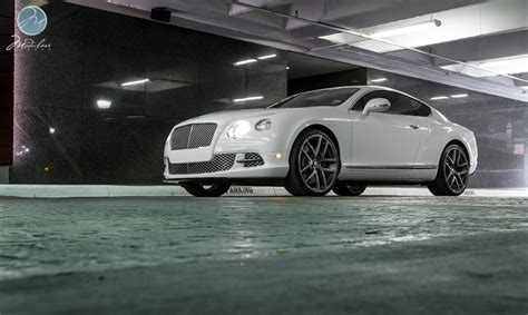 bentley continental rims bentley continental gt on 22 inch modulare wheels