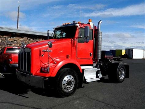 kenworth truck leasing 2007 kenworth t800 day cab truck for sale 381 314 miles
