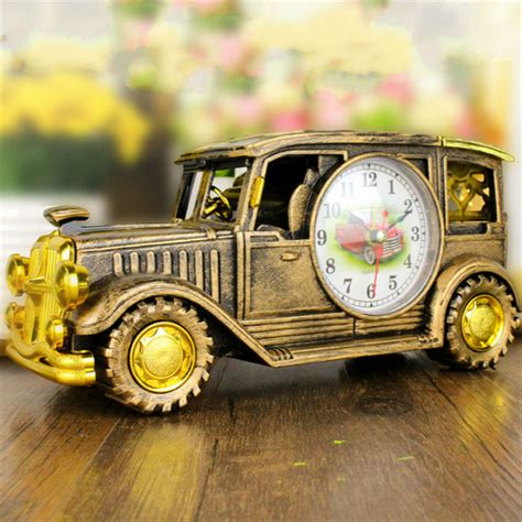 Antique Car Decor by Simulation Vintage Car Alarm Clock Multifunctional Pencil Vase Antique Car Model Creative Decor