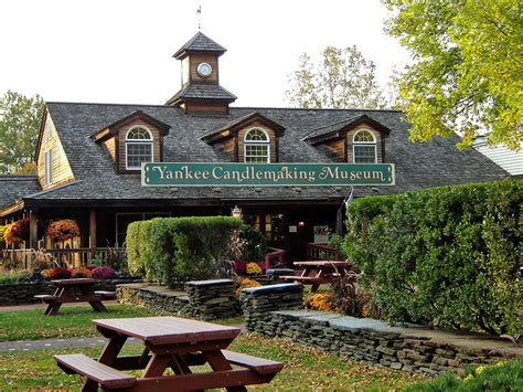 Yankee Candle South Deerfield by Yankee Candle Museum Their Flagship Store Deerfield Ma