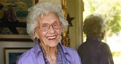 actress dies at 105 the oldest actress in hollywood dies at 105