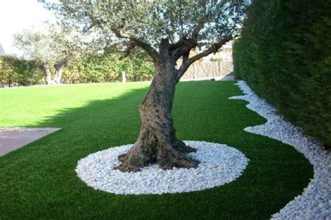 giardino con ghiaia come decorare il giardino con ghiaia e sassolini di