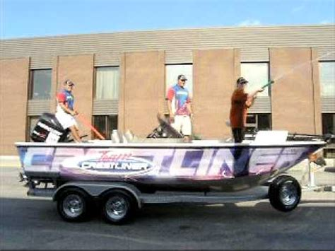 canadian boat song youtube fort frances canadian bass tournament boat parade youtube