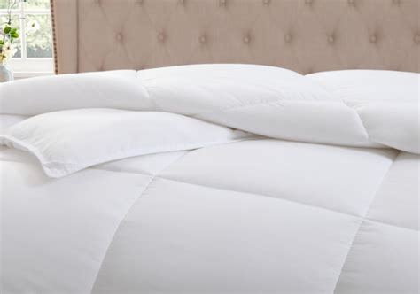 Best Alternative Comforter Reviews by Kinglinen White Alternative Comforter Duvet Insert Review