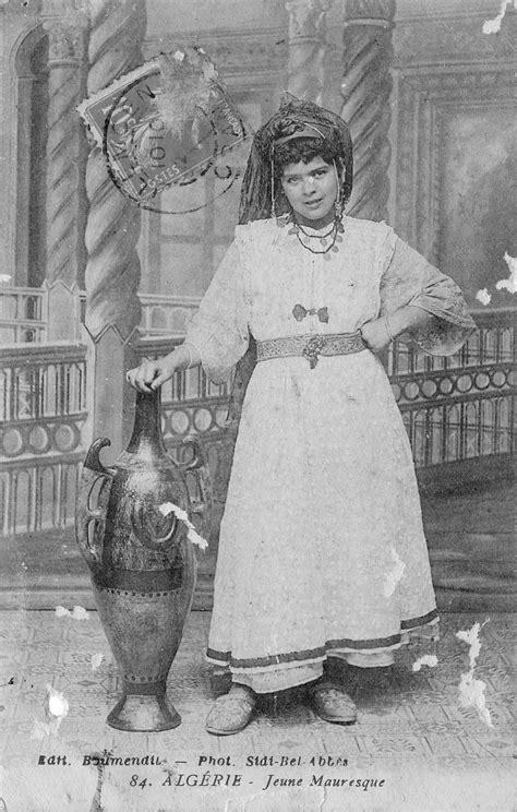 Algérie jeune mauresque - Carte postale ancienne et vue d