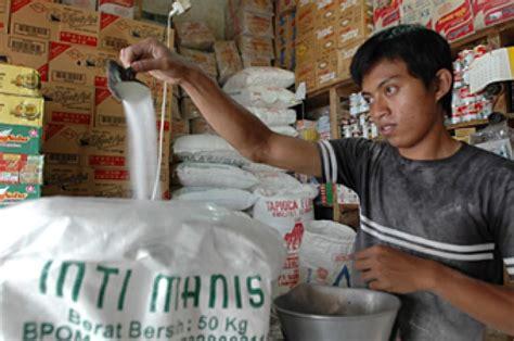 Gula Pasir Harga Grosir harga gula di palangkaraya tembus rp 16 ribu per kilogram