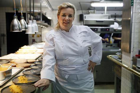 femme chef de cuisine h 233 l 232 ne darroze 233 lue meilleure femme chef du monde quot un