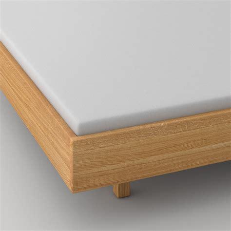 bett quadra abgerundete ecken massivholzbett quadra soft frame