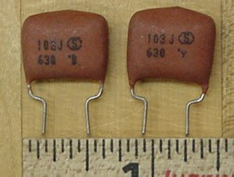 leaky spherical capacitor circuit parts