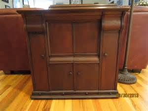 Singer Cabinet by Singer Machines Treadle