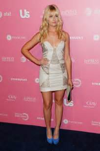 Beth behrs born december 26 1985 is an american actress she plays