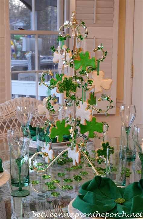 Cing Cottage Aux Hamacs by May Days St S Day Tablescape