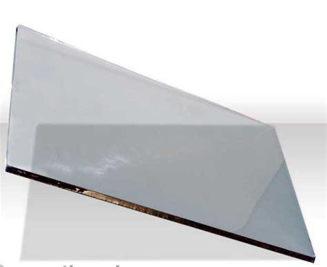 pulire il vetro camino manutenzione termocamino della stufa a legna e derivati