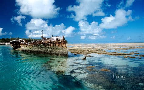 wallpaper bing windows 7 shipwreck on heron island australia