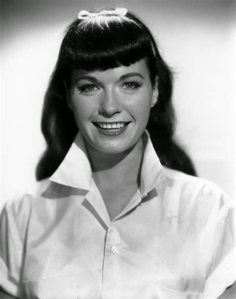 Bettie Page Hairstyle by 10 Style Lessons From Bettie Page Va Voom Vintage