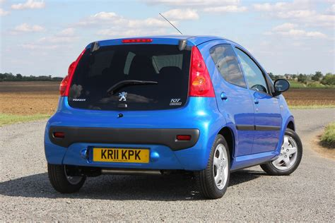 Peugeot 107 Review by Peugeot 107 Hatchback Review 2005 2014 Parkers