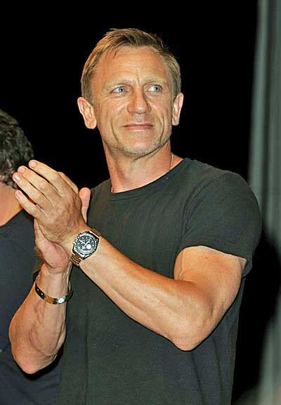 daniel craig tattoo report daniel craig signs on to in with the