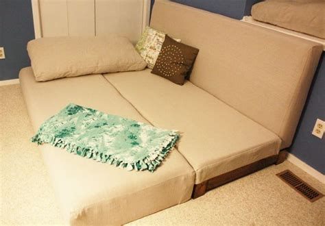 how to make a sleeper couch 5c5dba934d900824d13ebcb4b1f7038d jpg
