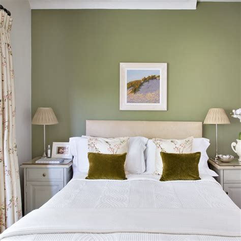 pretty bedroom with olive green feature wall housetohome - Green Feature Wall Bedroom