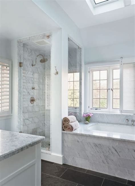White Marble Bathrooms by Best 25 Marble Bathrooms Ideas On Carrara
