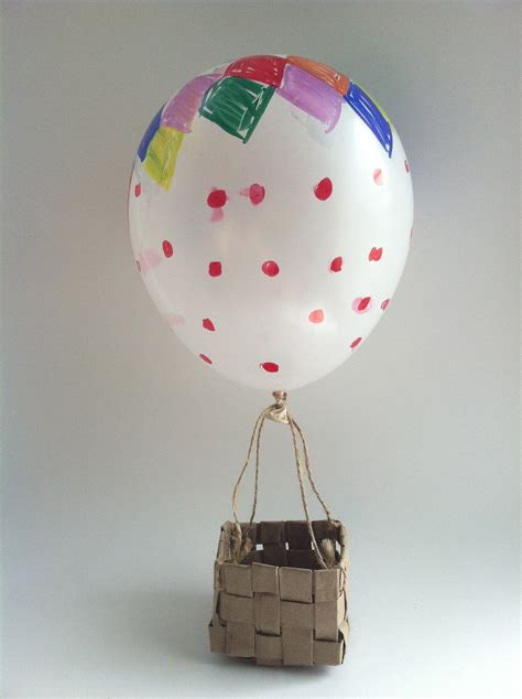 Handmade Air Balloon Decorations - diy air balloon birthday decoration the semicrafty