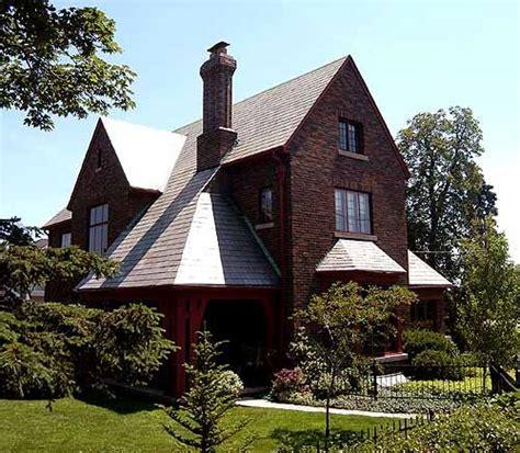 photo  unsworth house  aldershot burlington