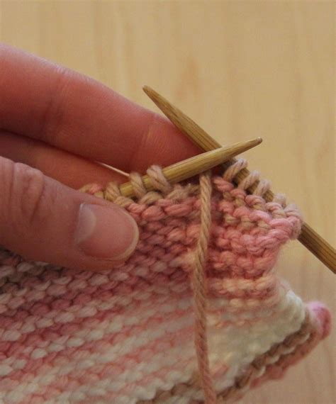how to switch between knit and purl switching between knit and purl stitch anaf info for