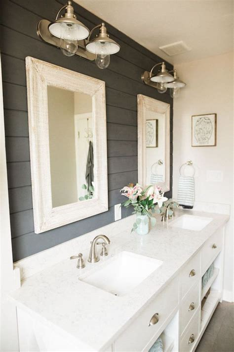 Ideas For Remodeling A Bathroom by Best 25 Bathroom Remodeling Ideas On Small