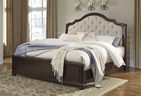 cherry finish bedroom furniture moluxy 4pc bedroom set b596 in cherry finish by ashley