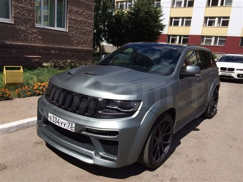 Tyrannos Jeep Grand Cherokee SRT8 Emerges in Russia [Video