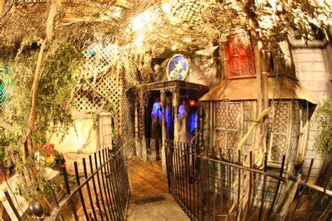A Haunting Attraction america s top 13 haunted houses and attractions eventseekr