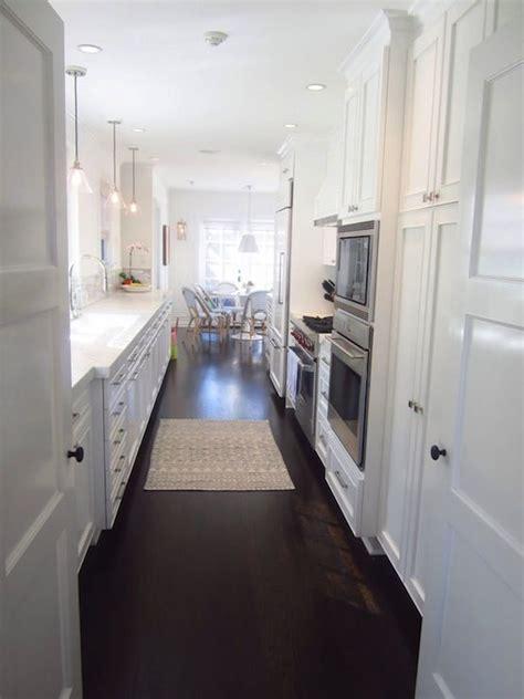 white galley kitchen ideas 25 best ideas about white galley kitchens on pinterest