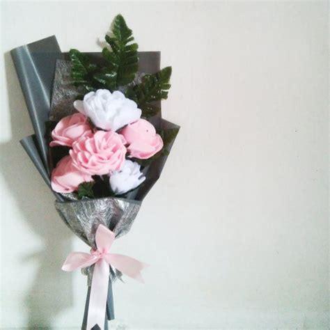 Bouquet Buket Mawar jual buket bunga mawar flanel di lapak eka aprilia