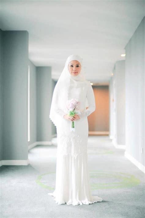 Syari Mayang Sari Baju Muslim model busana muslimah kain putih model baju pengantin