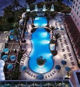 moody gardens hotel spa convention center galveston tx