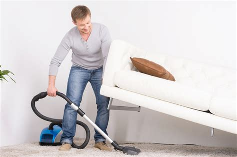 vacuum the carpet how to freshen up a smelly home for an open house