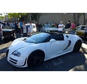 White Bugatti Veyron Vitesse